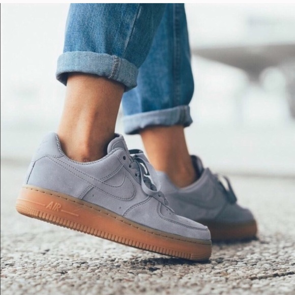 Nike Suede Air Force 1 '07 SE NWT